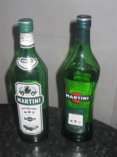 Gamla og nýja Martini flaskan
