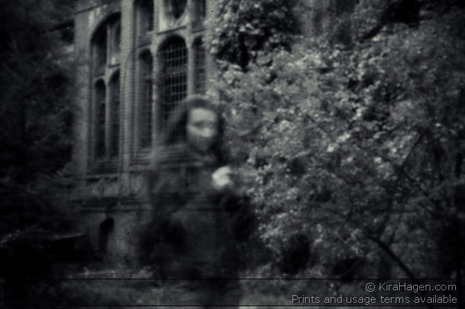 Beelitz Abandoned Hospital - pinhole ghost