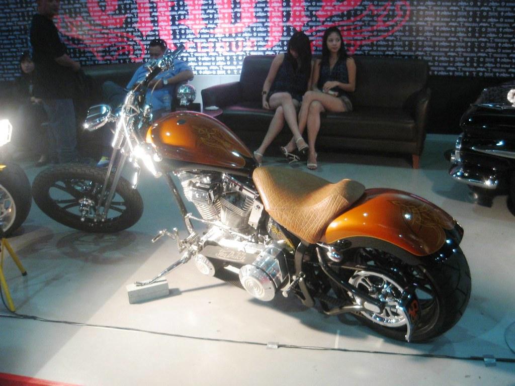 Manila Auto Salon 08 e