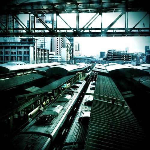 今日は天気イマイチなので、先日撮った梅田駅でもどうぞ! #Umeda