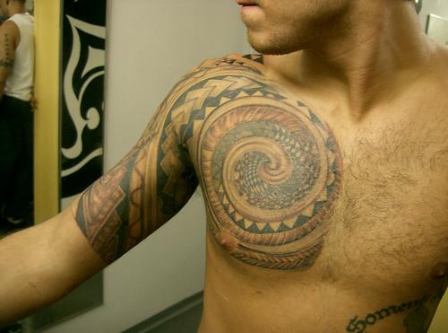 tatuagem kirituhi polinésia espiral tattoo