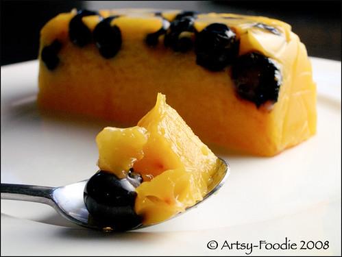 mango blueberry agar agar bite