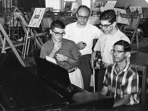 Chick, Marc & David with Bill Smith 1959.jpg