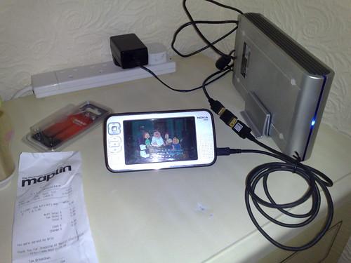 N800 + iomega 250GB HD