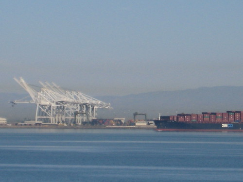 Air pollution in the port
