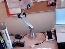 Assembling the EVO LCD Arm - 10