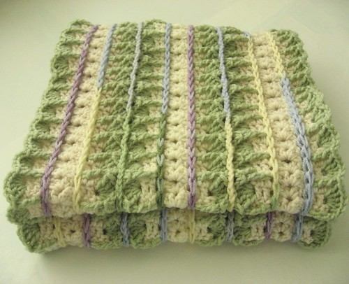 Oooh, its the English Garden Mile-A-Minute afghan!  Ive made this one, its fantastic!  :)
