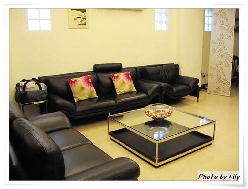 可供所有房客共用的二樓客廳。