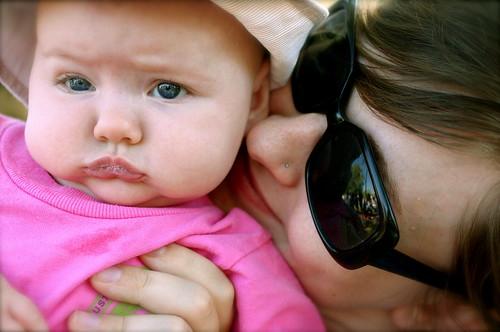 closeup with mamas.