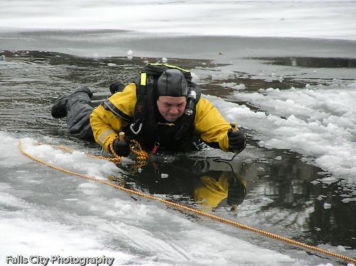 20070212-ice 023