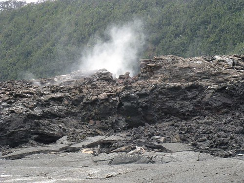 steam vents in Kilauea Iki
