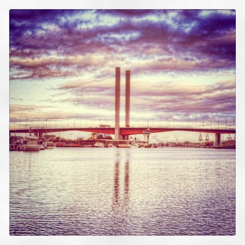 Bolte Bridge 201105130807