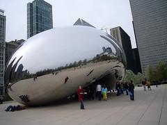 Chicago - a reflecting bean in Millennium Park