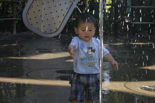 Having a change of clothes in the bag, I let Emmett go nuts in the water.  He had a blast.  Nearly got run over by the big kid in the red shirt a couple times, though.