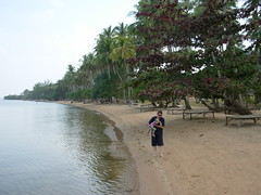 Roo & Tash, Koh Tonsay Beach