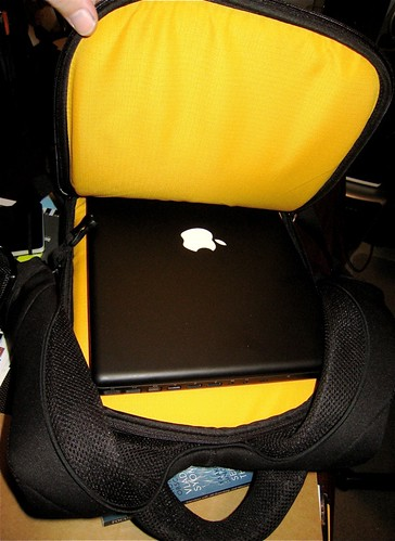 The Macbook fits comfortably in the back of the Kata