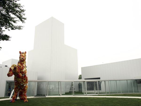 十和田市現代美術館 3