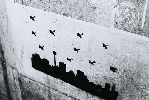 us bombs shooting overhead