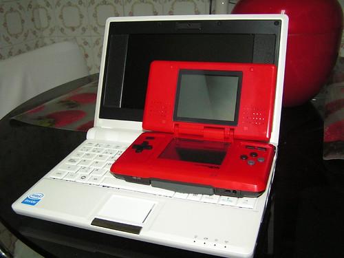 Comparación con una Nintendo DS