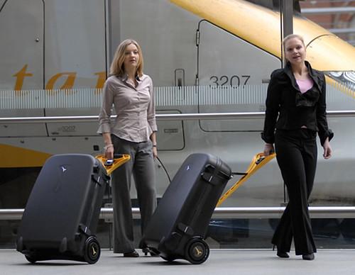 30somethingmom luggage3
