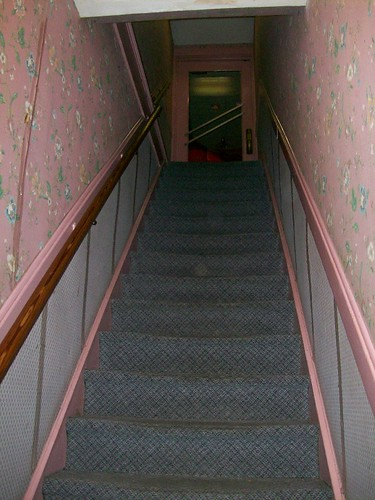 Cozy Inn stairs