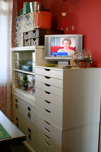 Office/craft room by paulamw.