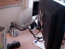 Assembling the EVO LCD Arm - 18