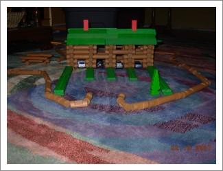 lincoln logs (cabin)