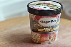 haagen-dazs vanilla honeybee ice cream