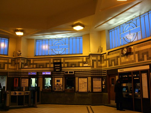 Ealing Common station interior, under Creative Commons from Ewan-Ms photostream. Click pic for link.