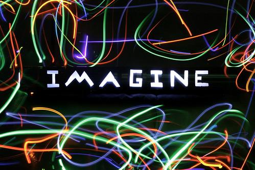 MRI Lightpainting Imagine