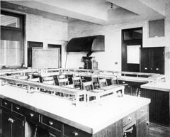 Cooking laboratory at Simmons College, Boston, MA, around 1910-20.