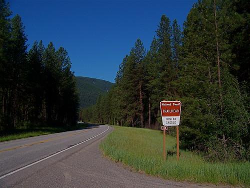 Trailhead for USFS trail 205
