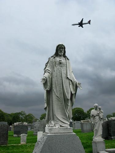 Cemetery Statuary, Mt Cavalry 3