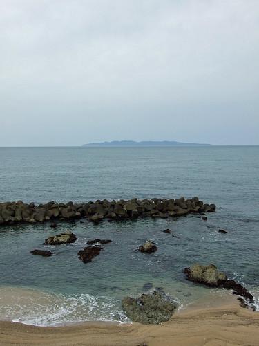 日本海と粟島
