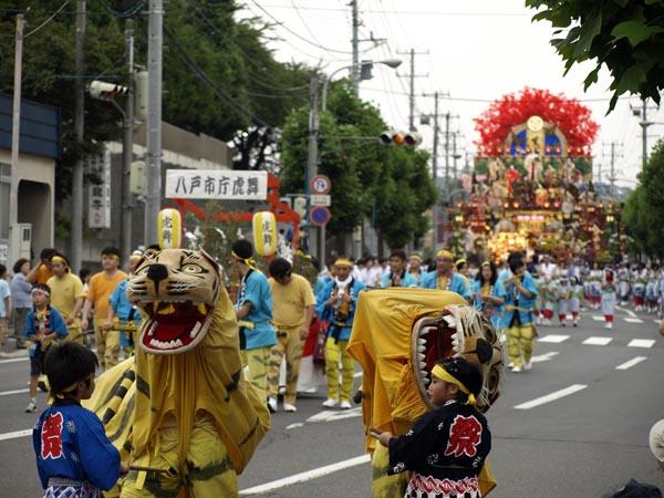 2008年 八戸三社大祭 お通り 29