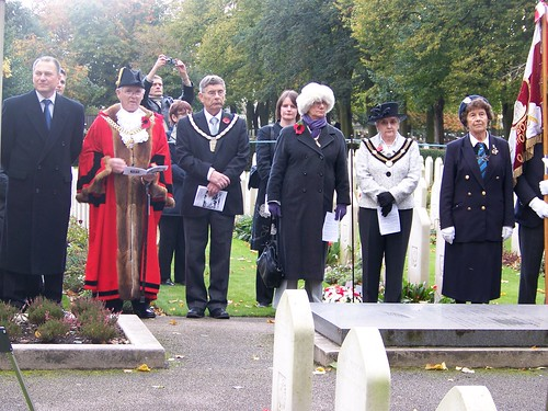 NEWARK TOWN MAYOR Cllr HARRY MOLYNEUX AND MAYORESS WITH CHAIRMEN NEWARK AND SHERWOOD DISTRCT COUNCIL, IN MEMORY OF POLISH PITOTS DURING THE SERVICE FOR ALL SOULS' NEWARK CEMETERY UK by laurencegoffnewarkuk.