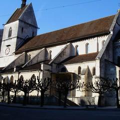 Die romanische Stiftskirche