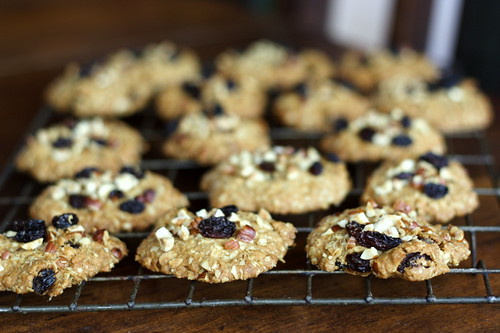 Hazelnut, Raisin and Oatmeal Cookies