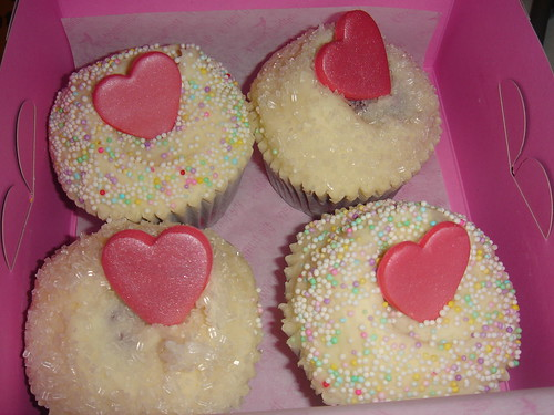 Hummingbird bakery Valentine day cup cake