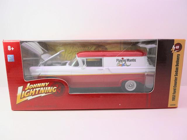 johnny lightning 1957 ford courier sedan delivery  (1)