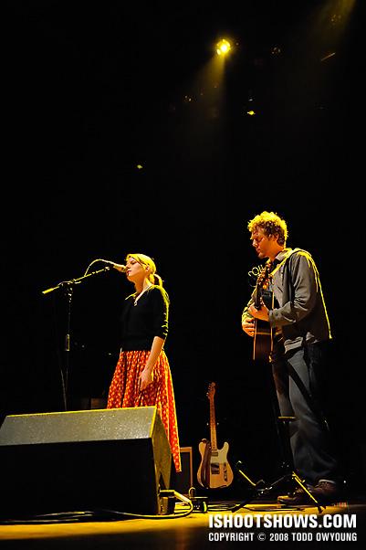 Glen Hansard & Markéta Irglová @ the Pageant 2008.05.06