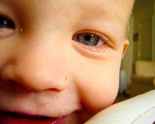 Liam, Close Up
