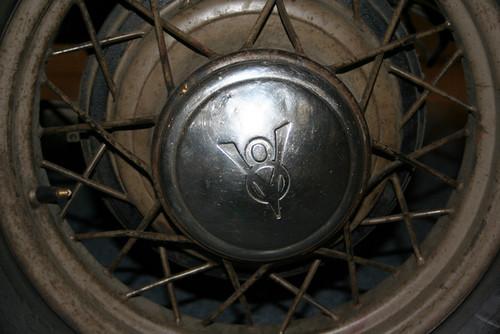 Bonnie & Clyde Car Hubcap