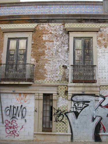 Azulejos & Graffiti, Faro