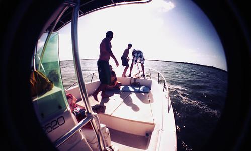 [LOMO] In the boat