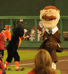 Washington Nationals presidents race - Teddy is tripped by The Bird