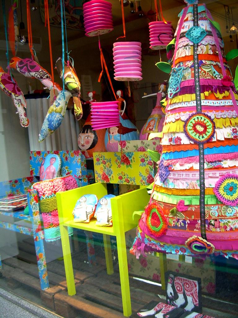 Our shop window this Christmas / A nossa montra de Natal este ano