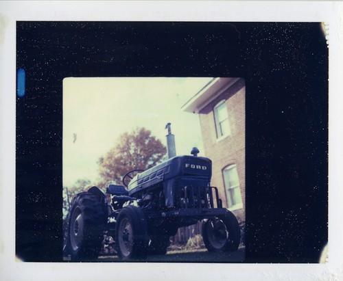 tractor001.jpg