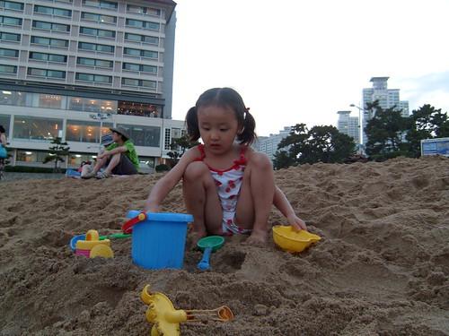 해운대 모래장난